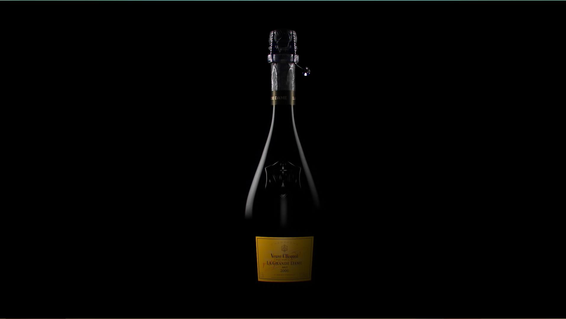 GALERIE-Dripmoon-Studio 3D-Tours-Motion design - Veuve Clicquot - La grande dame - Packshot 6